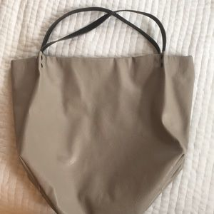 EUC Steve Madden light grey faux leather tote